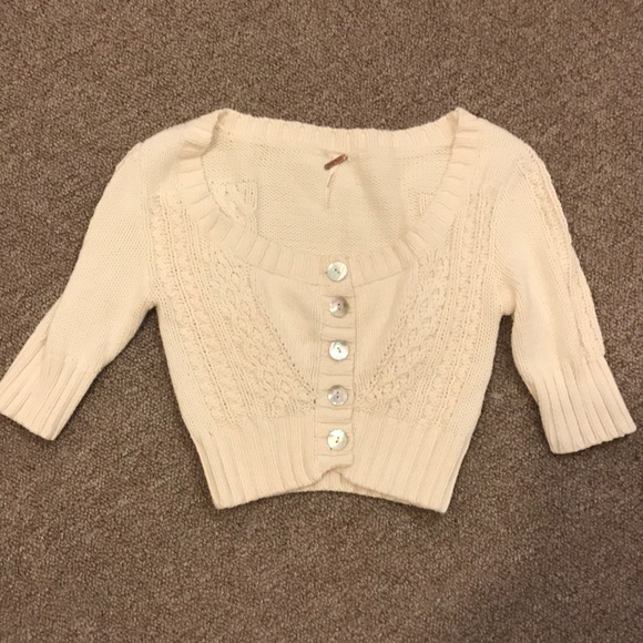77% off Free People Sweaters - GREE PEOPLE COTTON CREAM SHRUG ...